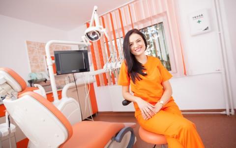 1.Dr. Manea Ionela Maria.